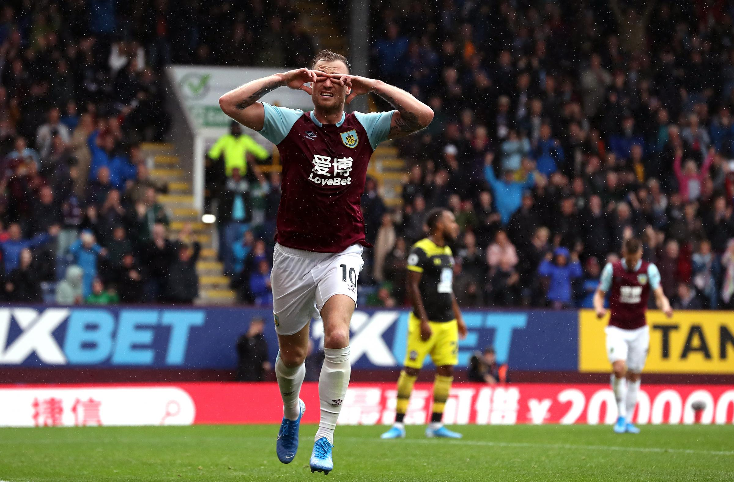 Burnley striker Ashley Barnes signs extended contract