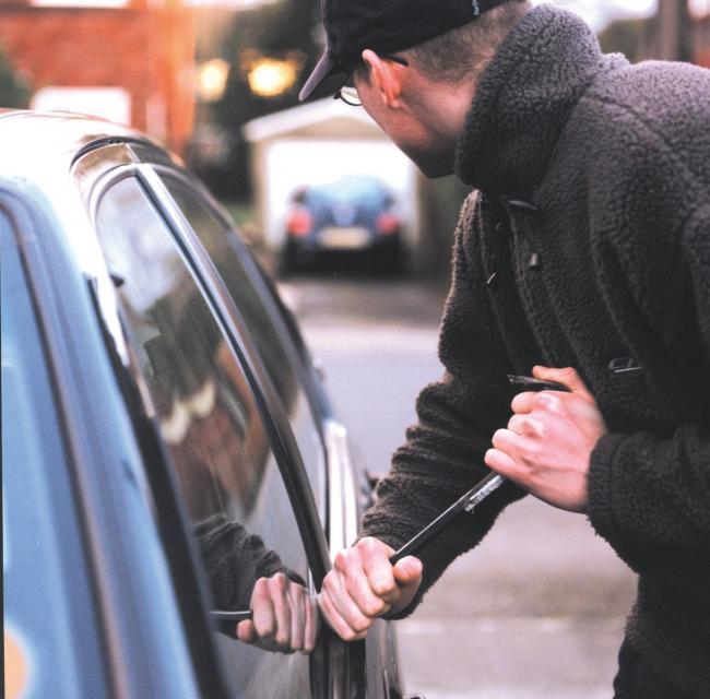 Police warning over car thefts in Darwen