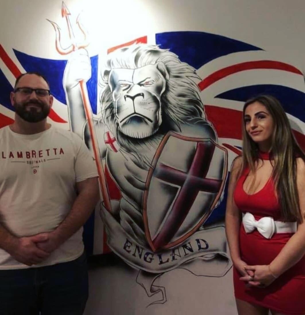 Duke of Wellington pub shows off new mural to mark Brexit