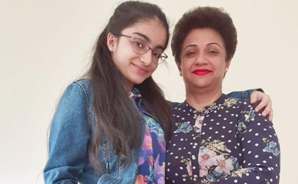 Dr Saman Mir Sacharvi, and her daughter Vian Mangrio