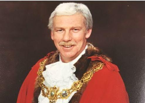Ian Gilhespy in his Mayoral robes