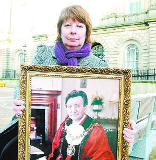 PUBLIC APPEAL: Eileen Hall with her father's portrait