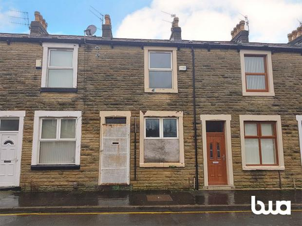 Lancashire Telegraph: This is one of the cheapest homes for sale in Burnley (Photo: Zoopla/ Bond Wolfe Auctions)