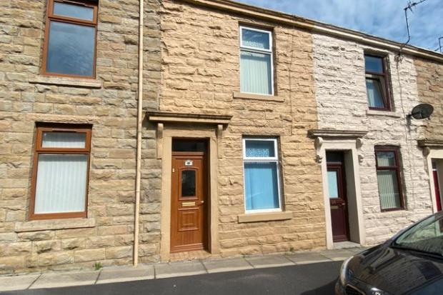 Lancashire Telegraph: Accrington property (Photo: Zoopla/Proctors)