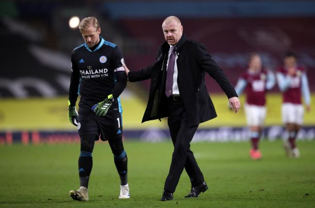 Sean Dyche with Kasper Schmeichel at the final whistle