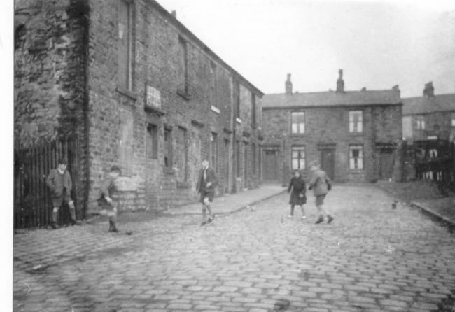 Whalley Street, Darwen, 1947