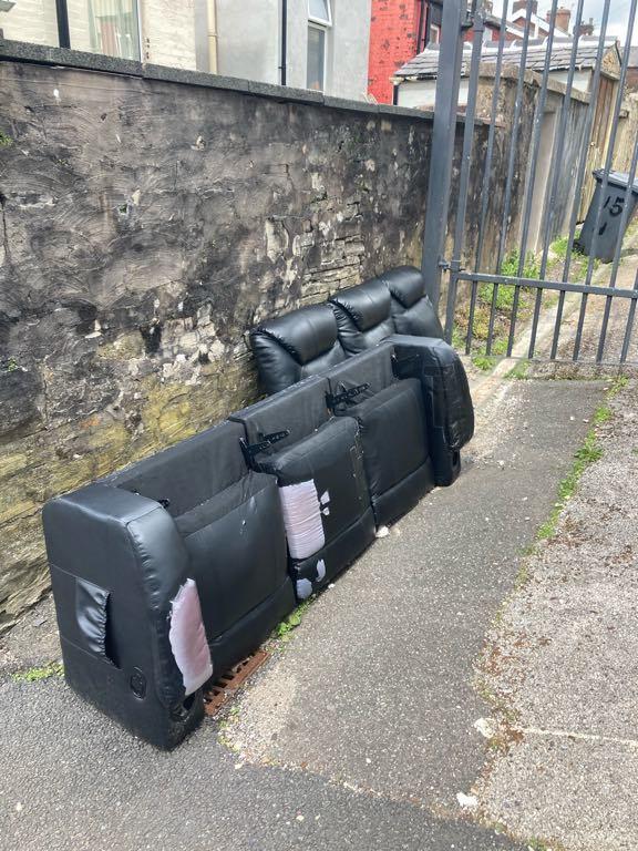 Lancashire Telegraph: (Photo: Fix My Street)
