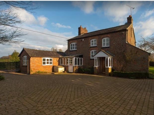 Lancashire Telegraph: Cheshire farm house