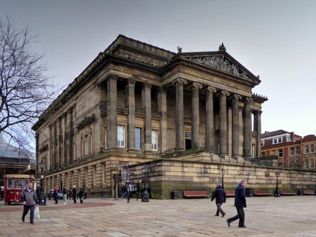 Lancashire Telegraph: The Harris Public Library, Museum and Art Gallery, Preston cc-by-sa/2.0- ©David Dixon-geograph.org.uk/p/4314260