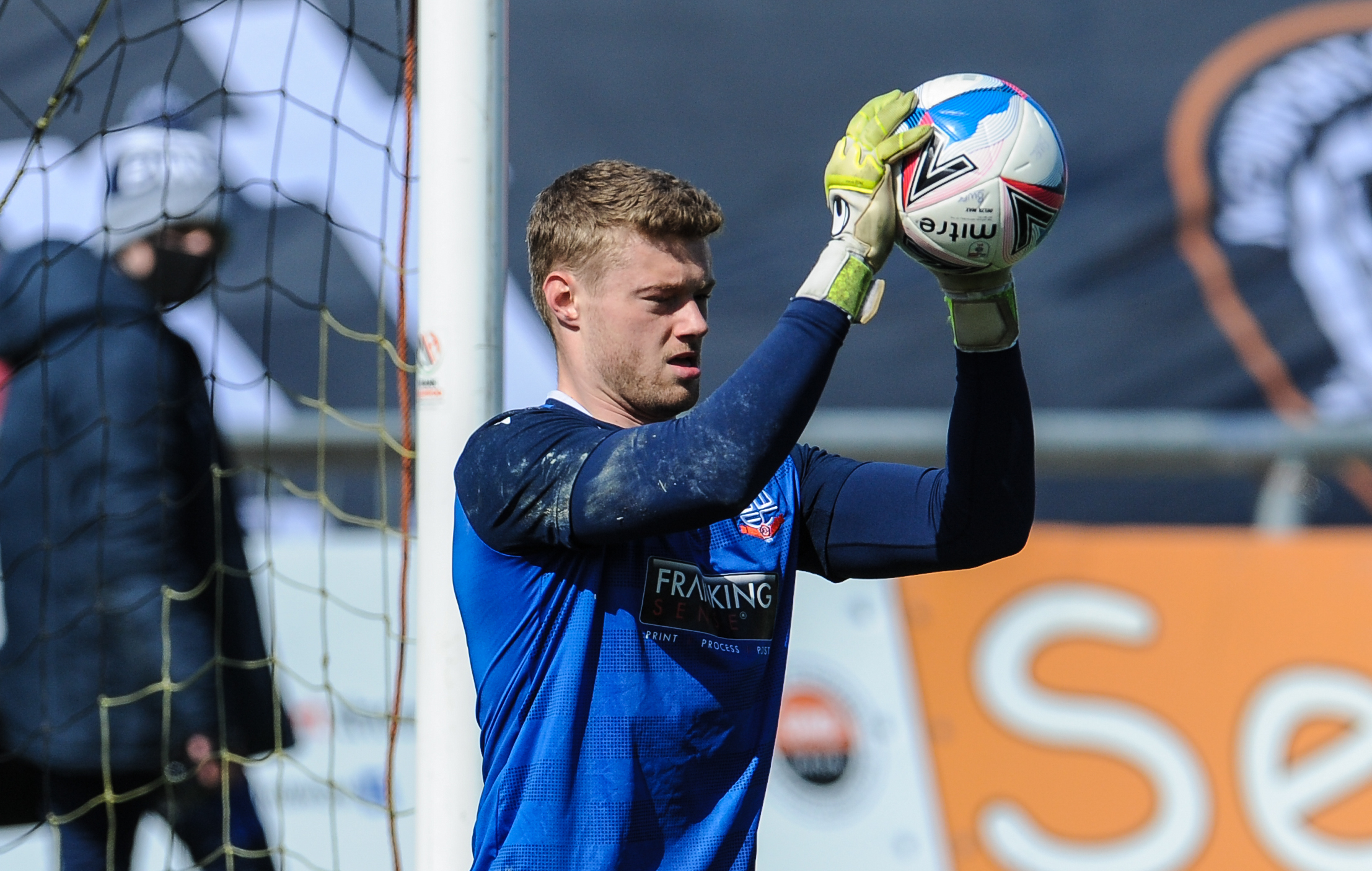 Burnley goalkeeper Lukas Jensen signs new deal and joins Carlisle on loan