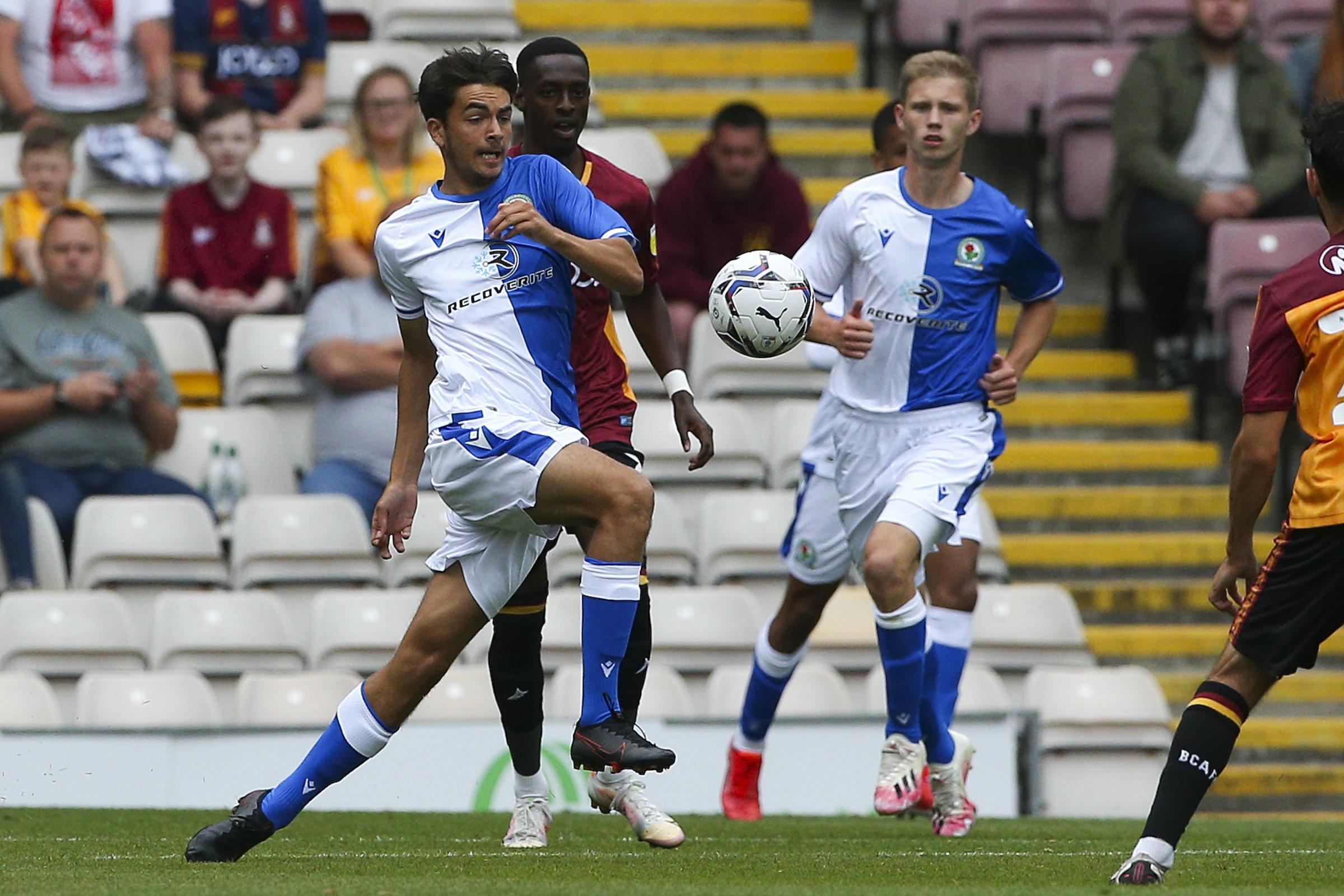 Irlanda hace su movimiento por el prospecto de Blackburn Rovers Zak Gilsenan