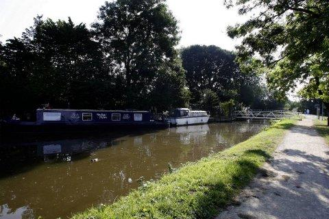 Tranquil canal hotel will pass along