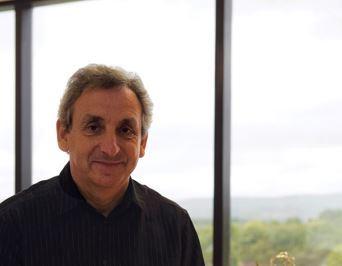 Burnley: Pendiri AMS Neve memenangkan kebebasan wilayah
