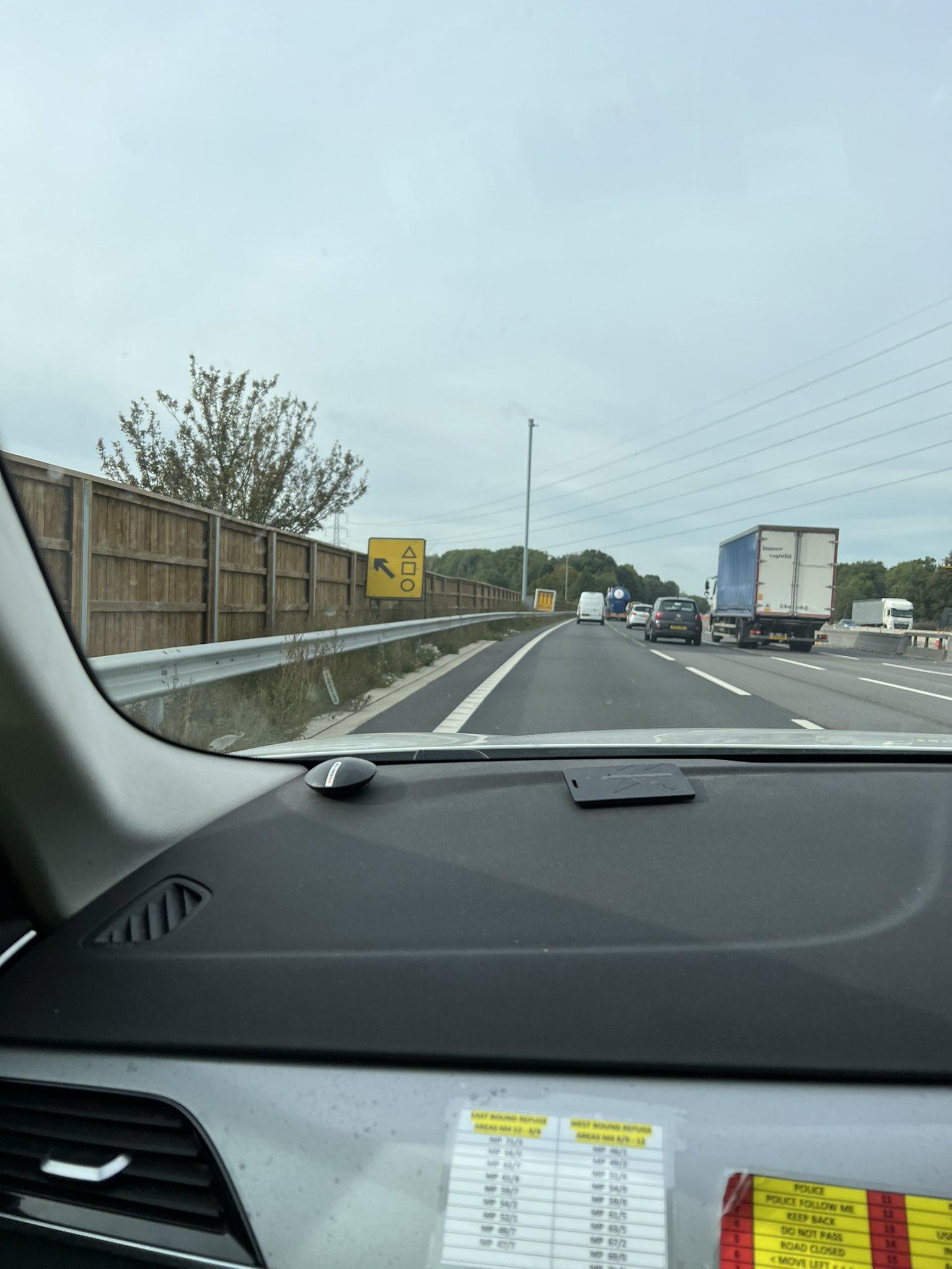 La policía emite una declaración sobre el letrero de la autopista 'Squid Game' de Netflix que causa alarma