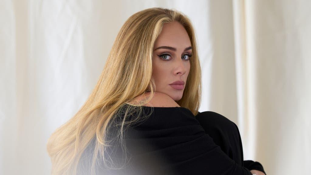 Adele recibe un 'aviso de penalización fija' por el nuevo video musical de Easy On Me