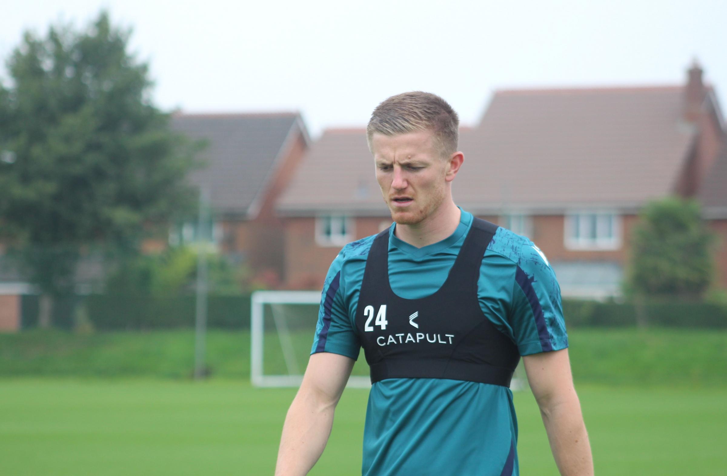 Scott Wharton regresa como el hermano Adam protagonista de Blackburn Rovers