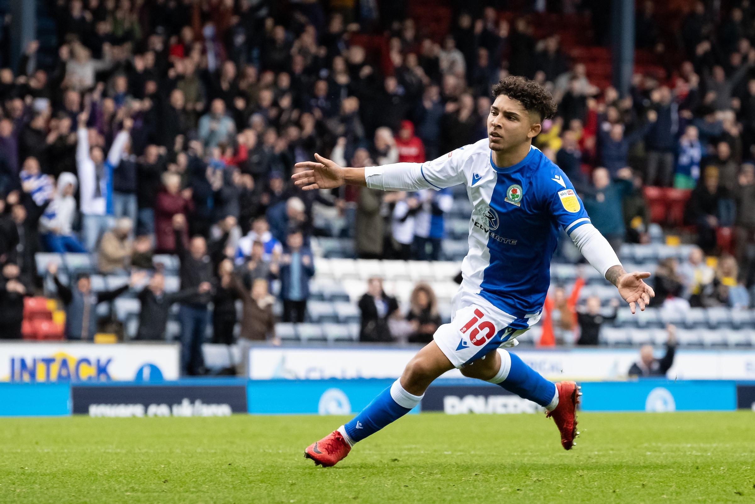 Bos Blackburn Rovers memuji 'manusia luar biasa' Tyrhys Dolan