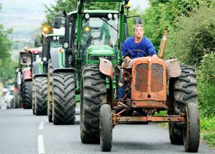 East Lancashire vintage tractor run in memory of farmer