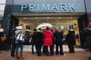 Lancashire Telegraph: GOOD NEWS IN STORE: Shoppers at the new Primark shop in Commercial Road, Bournemouth
