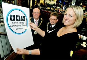 SCHEME LAUNCH Sarah Dawson, manager of Maxwells with Ian Lloyd, left, and Ribble Valley Mayor, Simon Hore
