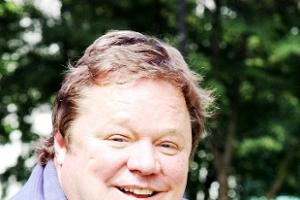 Lancashire panto star Ted Robbins says sorry for on-stage comments