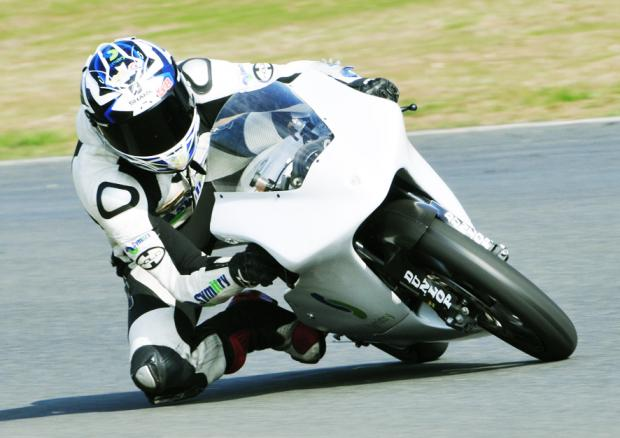 ON THE PACE Harry Hartley in action at testing at Mallory Park	Picture: FULL THROTTLE IMAGING