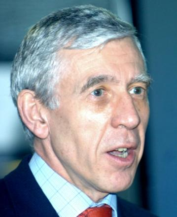 Jack Straw says drug report 'needs attention'