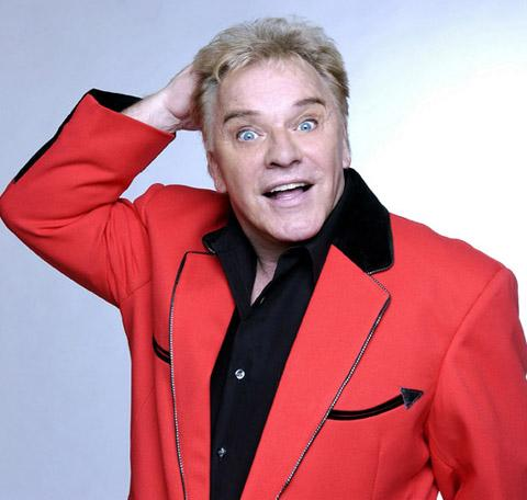 Comedian Freddie Starr has cancelled his Bacup show due to ill health
