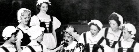 TIME TO CELEBRATE The cast from Merrie England in 1951 and, below, the festival queen Joyce Riley