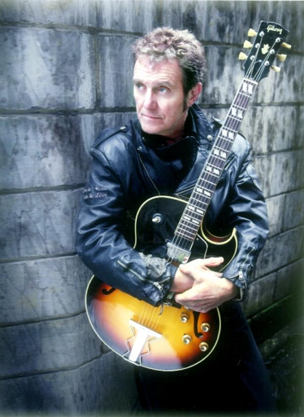 ROCKING ON Alvin Stardust