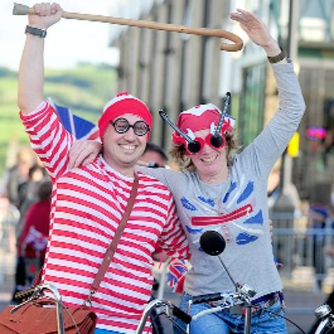 Vintage bikes dusted off for annual Colne Chopper Dash