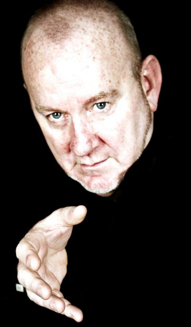 Hypnotist Acari will appear in Blackburn