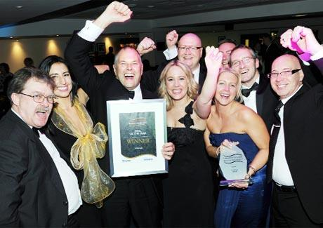 VIVA VEKA! The team with the award
