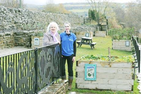 Garden facelift boost for canal embankment in Burnley