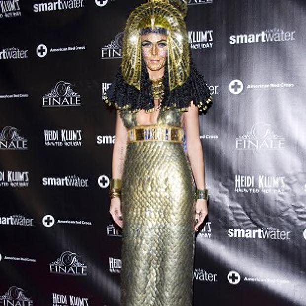 Heidi Klum dressed as Cleopatra and had a jewel-encrusted face