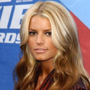Jessica Simpson is reportedly house-hunting in LA