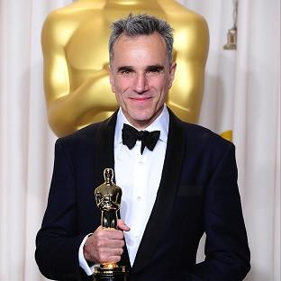 Daniel Day-Lewis has picked up his third Oscar
