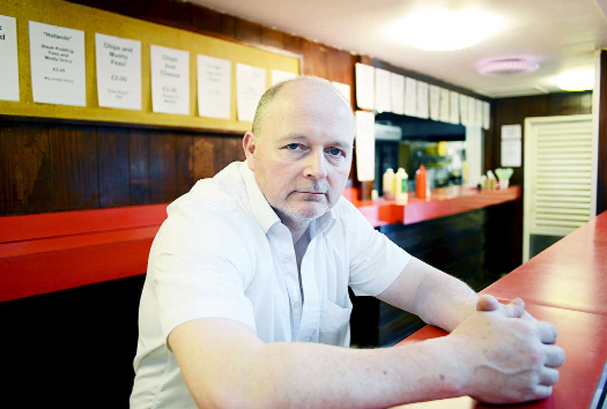 Holdens Cafe in Burnley to close after 67 years