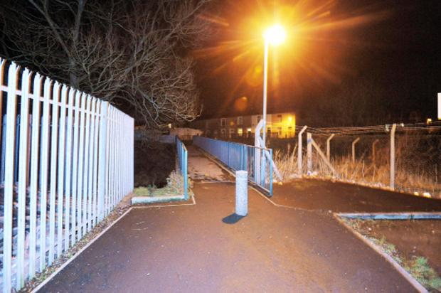 The footbridge between Canning Street and Back Thompson Street