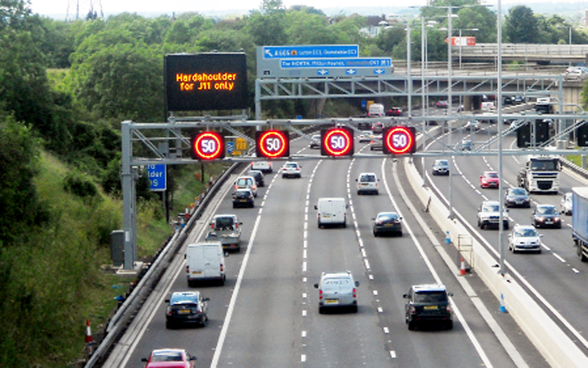 Rossendale and Darwen MP campaigns for hard shoulder to be opened on M66