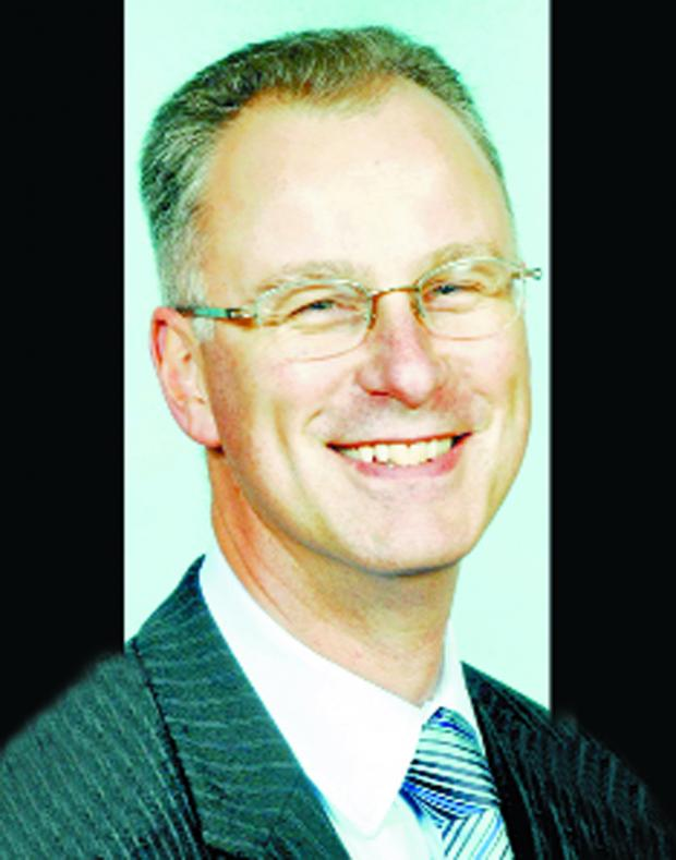 Lancashire Telegraph: Burnley Council's Chief Executive, Steve Rumbelow