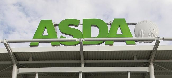 Woman fish slapped with large bream in Accrington Asda