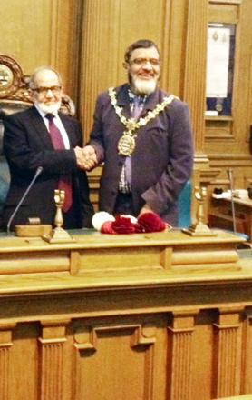 Abdul Piracha with Blackburn Mayor Salim Mulla
