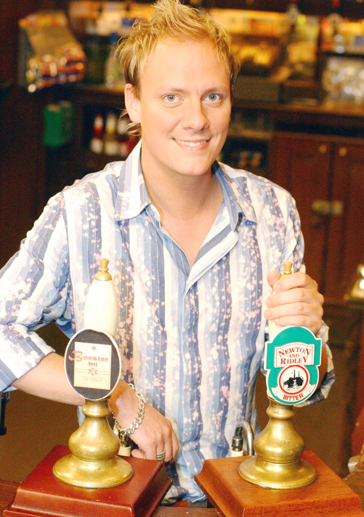 Antony Cotton as Sean Tully
