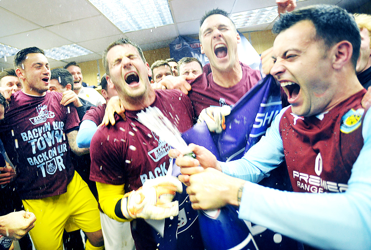 Clarets celebrate promotion with parade