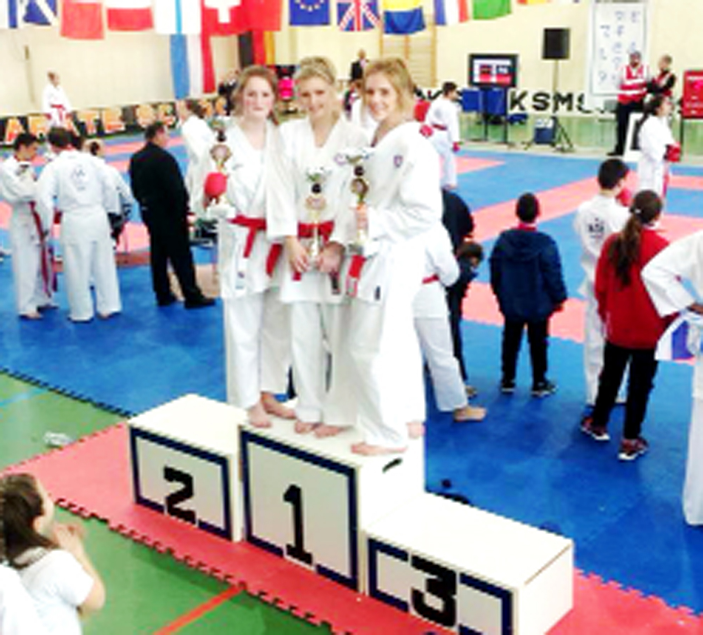 Karate: It's tears to cheers for Imogen