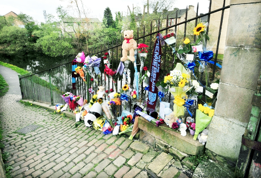 Burnley MP in canal pipe safety call after boy's death