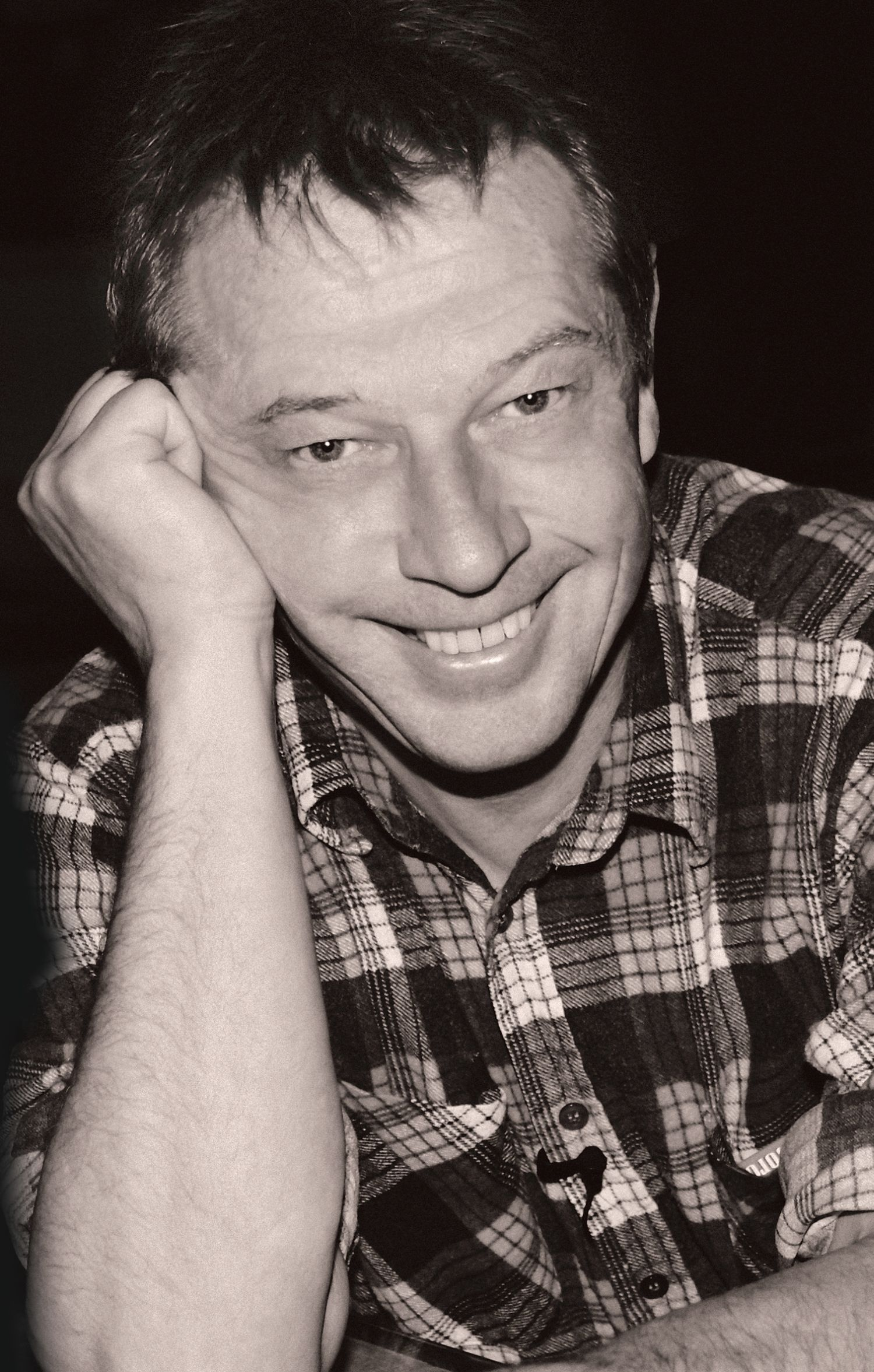 Andy Kershaw getting back in spin at Darwen gig