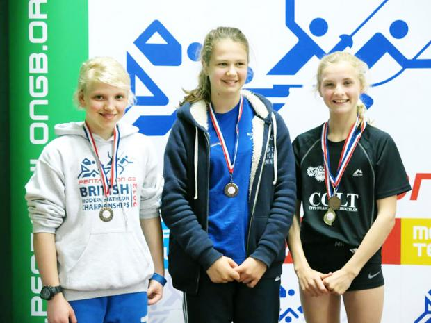 (l-r) Hannah Procter, Emily Morgan, Emma Whitaker with their bronze medals