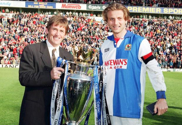 Tim Sherwood and Kenny Dalglish lift the Premiership trophy in 1995